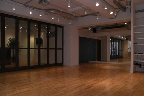 自由が丘 ダンス スタジオ